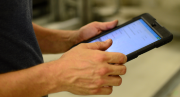 automotive lift inspection with a tablet using liftspec